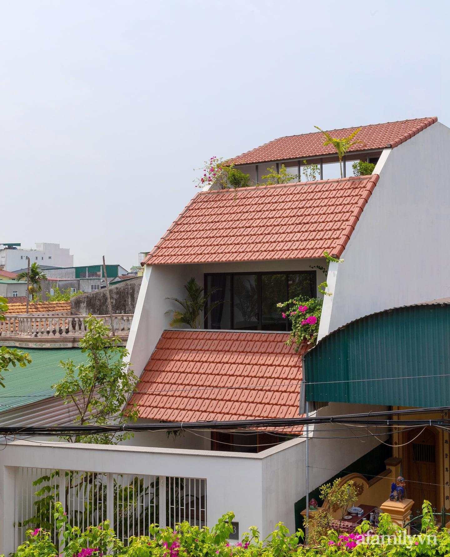 Ngôi nhà ngói gói gọn bình yên với những tiện nghi và hiện đại ở thị trấn nông thôn Nghệ An - Ảnh 4.