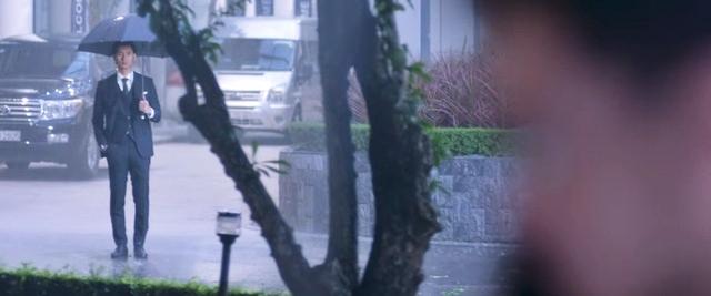 Hương vị tình thân và loạt phim Việt sở hữu cảnh mưa đẹp mê mẩ - Ảnh 5.