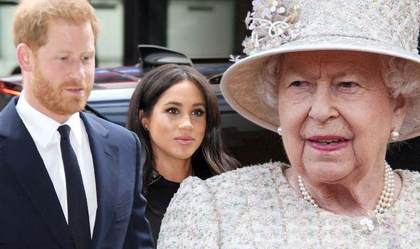 Vợ chồng Meghan lấn lướt Nữ hoàng Anh, khinh thường nhà Công nương Kate trong thông báo mới - Ảnh 1.