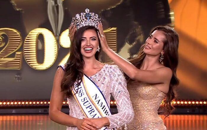 Chuyện tâm linh không đùa được đâu: Phát hiện vật phong thuỷ mà 3 cô Hoa hậu đều diện và đăng quang luôn - Ảnh 1.
