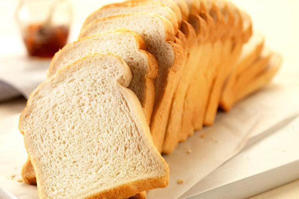 Túi bánh mì vừa mua về đã có một lát bị nấm mốc, bạn sẽ làm gì? - Ảnh 5.