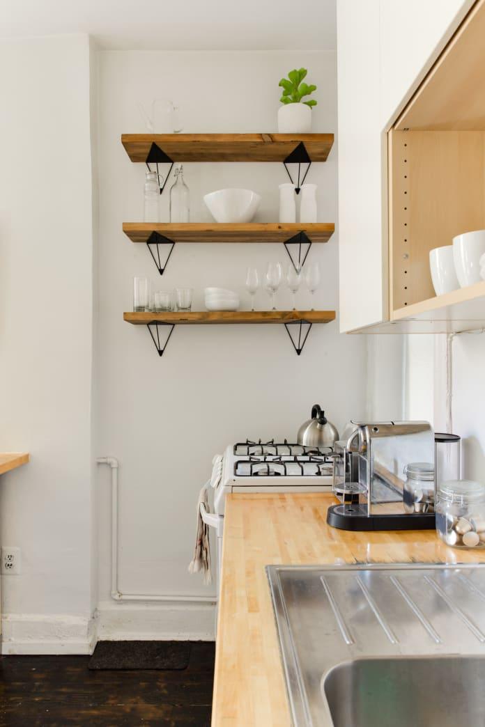 5 bí mật của những người luôn có căn bếp ngăn nắp, sạch sẽ mà không phải dọn dẹp quá nhiều - Ảnh 1.