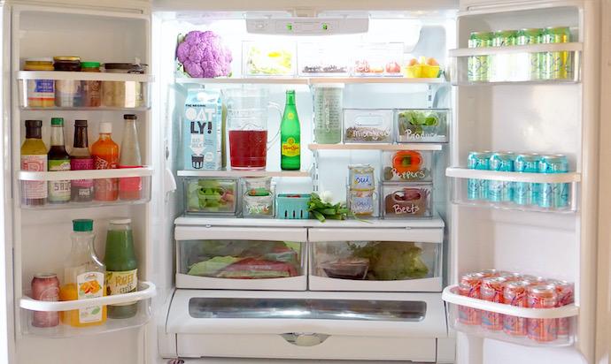 """Tôi đã """"xử đẹp"""" chiếc tủ lạnh đang ngổn ngang đồ đạc chỉ với cách đơn giản này - Ảnh 3."""