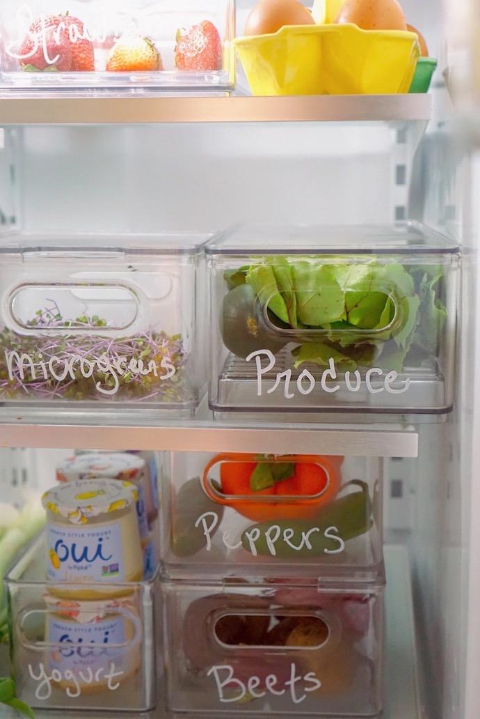"""Tôi đã """"xử đẹp"""" chiếc tủ lạnh đang ngổn ngang đồ đạc chỉ với cách đơn giản này - Ảnh 7."""