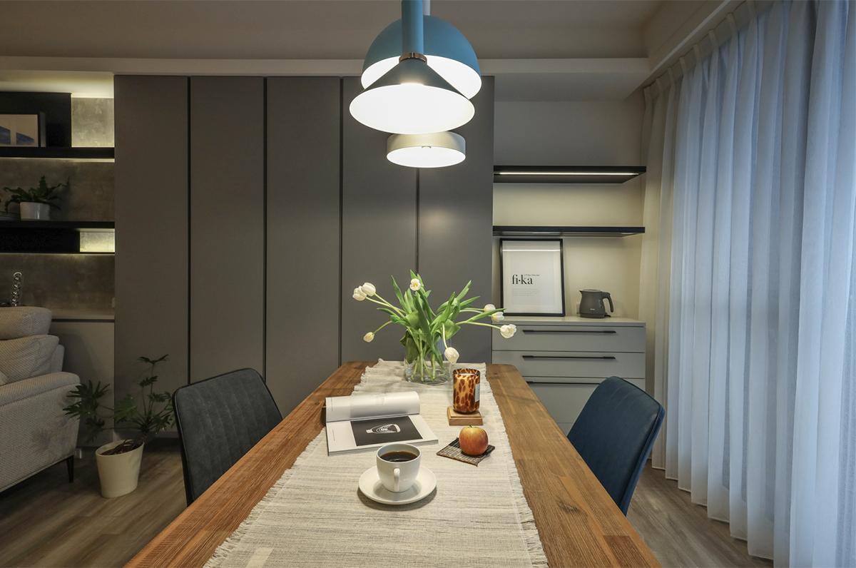 Căn hộ đầy nắng với góc nào cũng riêng tư, hiện đại dù diện tích khiêm tốn - Ảnh 8.