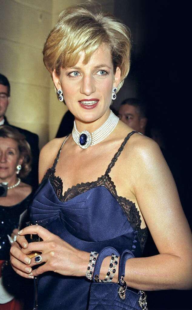 Công nương Diana, Công nương Diana tại Met Gala, Công nương Diana ly hôn, phong cách của Công nương Diana, phong cách Hoàng gia, Hoàng gia Anh, Met Gala - Ảnh 4.