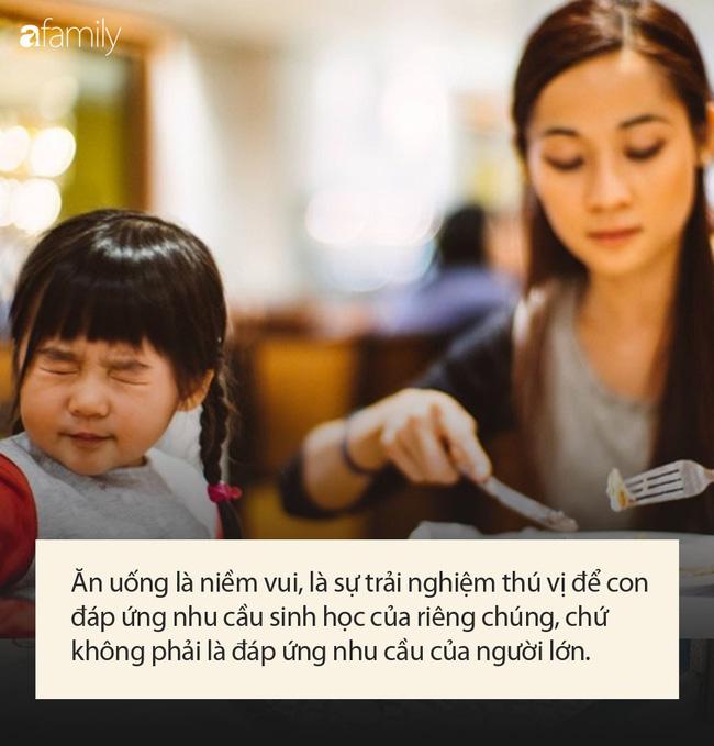 Chuyên gia chỉ ra 2 lý do không nên ép con ăn, nghe xong cha mẹ cũng phải gật gù - Ảnh 1.