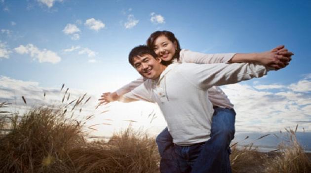 Quá bế tắc nên vợ lột xác tâm, thân ngoạn mục để quyến rũ chồng - Ảnh 1.