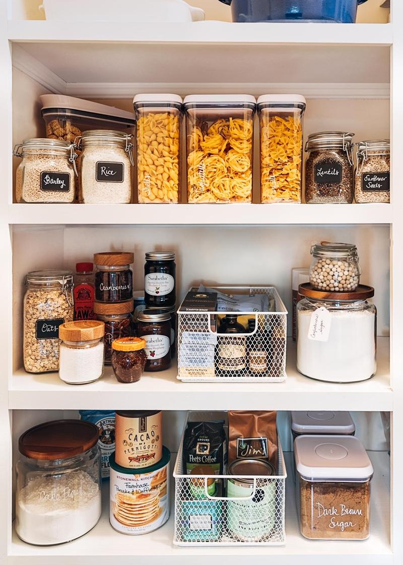 """11 bước """"kinh điển"""" để sắp xếp những ngăn tủ bếp hoàn hảo chẳng còn chỗ chê - Ảnh 6."""