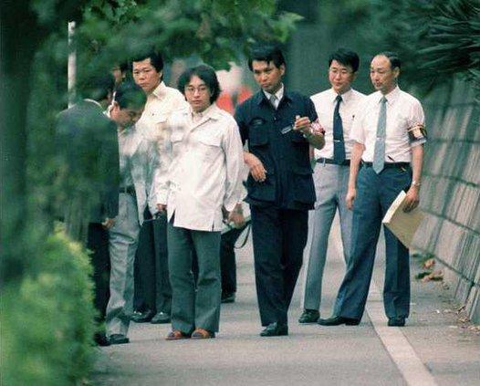 Từ học sinh ưu tú, người thừa kế sáng giá đến kẻ sát nhân hàng loạt ám ảnh Nhật Bản, nguồn cơn do chính sai lầm của bố mẹ - Ảnh 8.