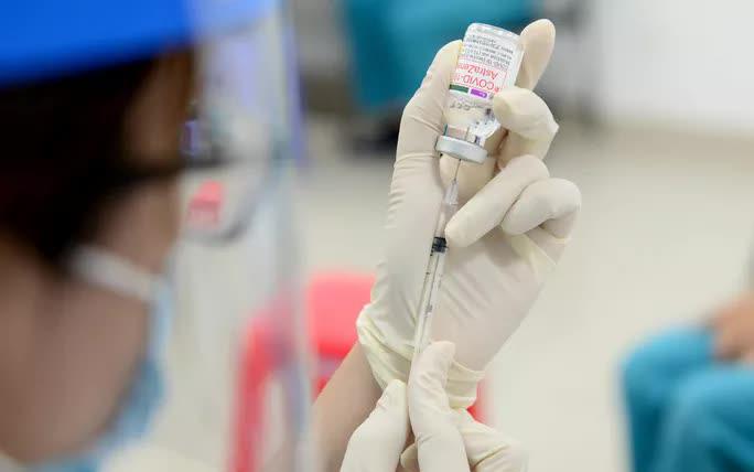 Có thể rút ngắn khoảng cách giữa 2 mũi tiêm vắc-xin AstraZeneca xuống 4 tuần