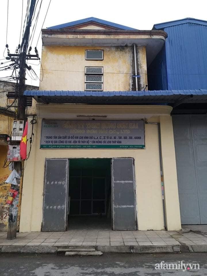 Nhà phố 60m2 cải tạo đẹp không góc chết của vợ chồng giáo viên mỹ thuật ở Hải Phòng - Ảnh 1.