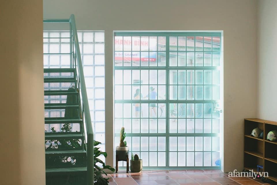 Nhà phố 60m2 cải tạo đẹp không góc chết của vợ chồng giáo viên mỹ thuật ở Hải Phòng - Ảnh 7.