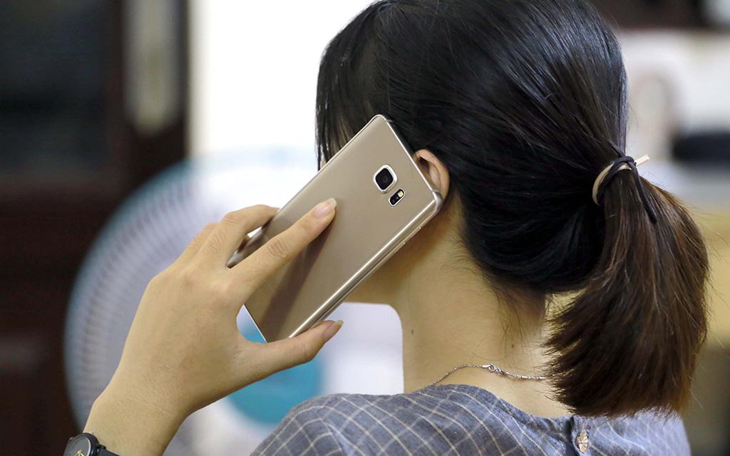 """Ở Hà Nội giãn cách gần 2 tháng vẫn bị truy tố vì gây tai nạn ở... Đà Nẵng, cô gái có pha xử lý siêu hài khiến """"CSGT pha-ke"""" cứng họng!"""