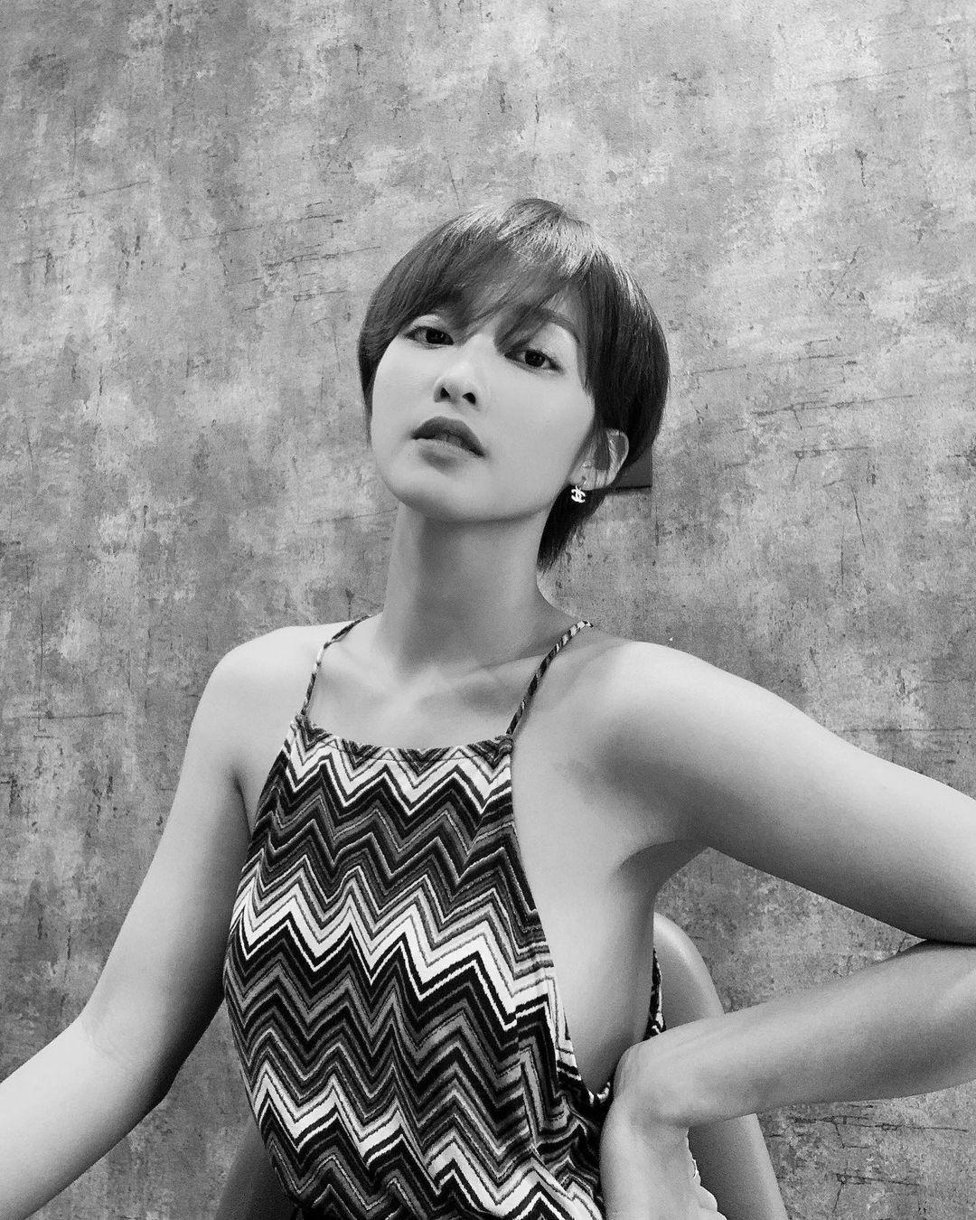 5 mỹ nhân Việt để tóc ngắn xuất sắc nhất: Ngắm là muốn cắt phăng mái tóc dài, nàng 30+ tìm được nhiều kiểu siêu hợp - Ảnh 14