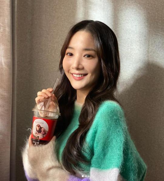 """Dự án mới của Park Min Young chưa chiếu đã bị soi """"phim giả tình thật"""" với đàn em Song Kang, """"thuyền Park - Park"""" chìm rồi sao? - Ảnh 2."""
