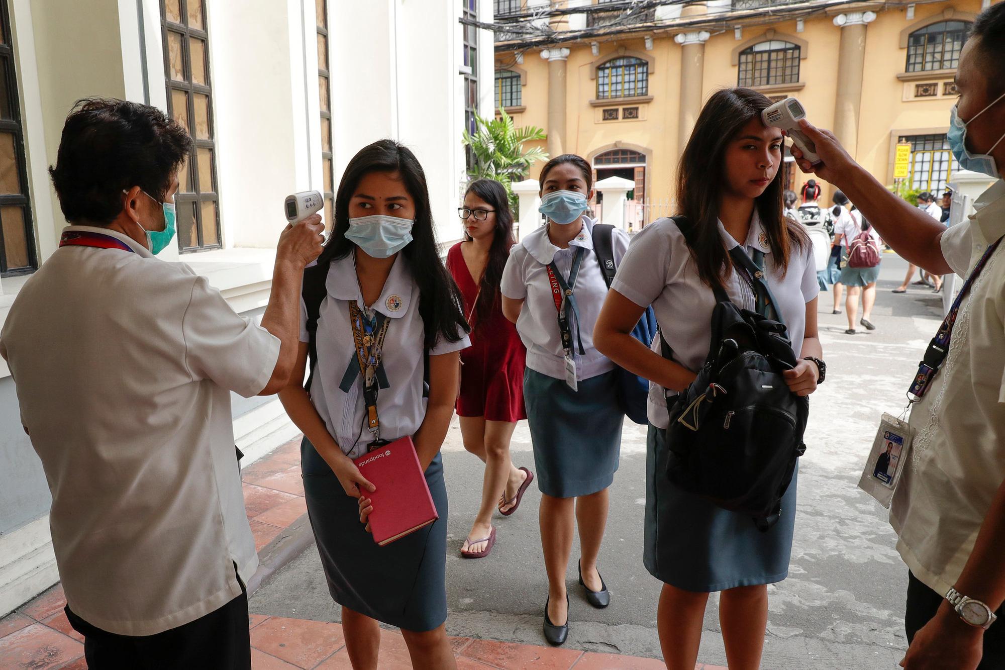 Philippines trước nguy cơ khủng hoảng giáo dục vì COVID-19 - Ảnh 1.