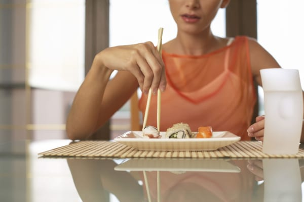 3 điều bất thường sau bữa ăn cho thấy đường huyết của bạn đang cao quá mức, hãy ghi nhớ '3 TRÁNH - 2 LÀM' để cứu mình - Ảnh 4