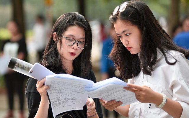 Điểm chuẩn xét tuyển đại học 2021: Các trường công bố danh sách TRÚNG TUYỂN theo phương thức XÉT ĐIỂM THI tốt nghiệp