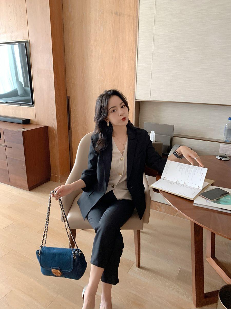 Bổ túc ngay 11  cách mặc blazer đẹp như hội blogger châu Á để nàng công sở luôn sang xịn khi tới sở làm - Ảnh 2.