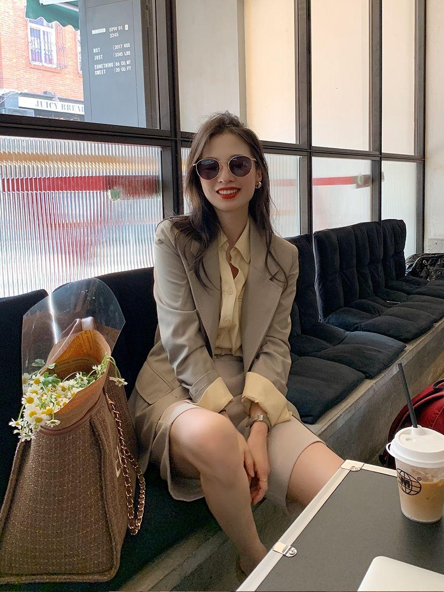 Bổ túc ngay 11  cách mặc blazer đẹp như hội blogger châu Á để nàng công sở luôn sang xịn khi tới sở làm - Ảnh 7.