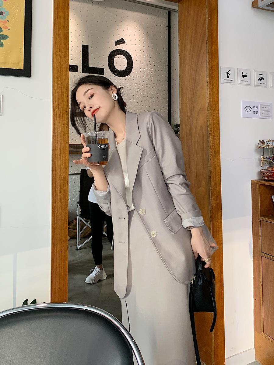 Bổ túc ngay 11  cách mặc blazer đẹp như hội blogger châu Á để nàng công sở luôn sang xịn khi tới sở làm - Ảnh 9.