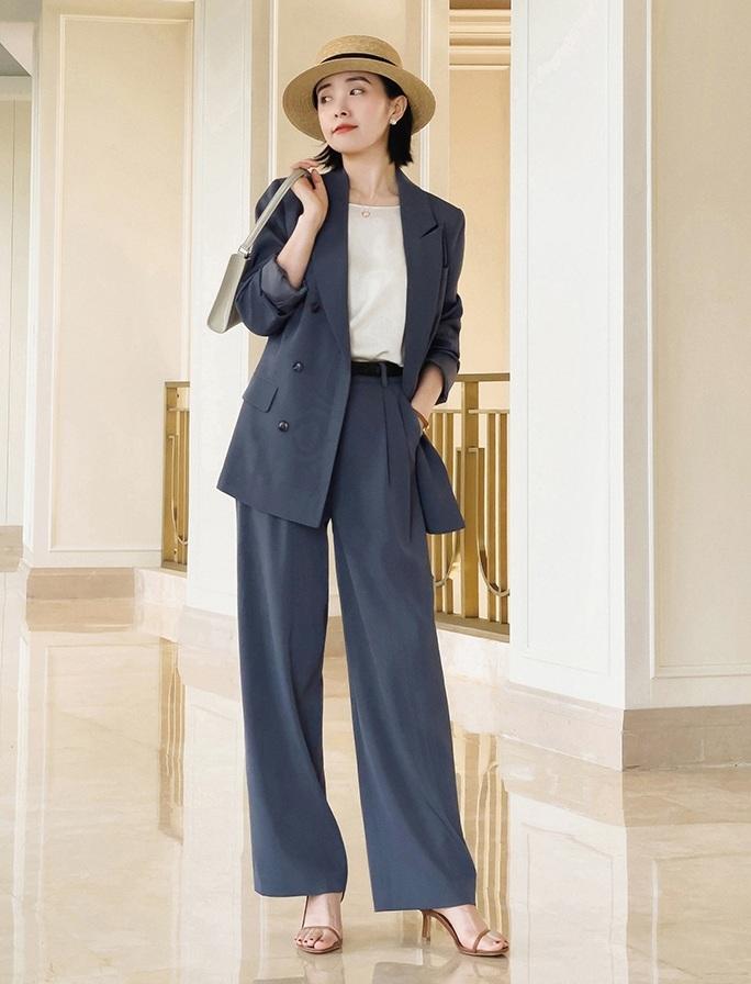 Bổ túc ngay 11  cách mặc blazer đẹp như hội blogger châu Á để nàng công sở luôn sang xịn khi tới sở làm - Ảnh 4.