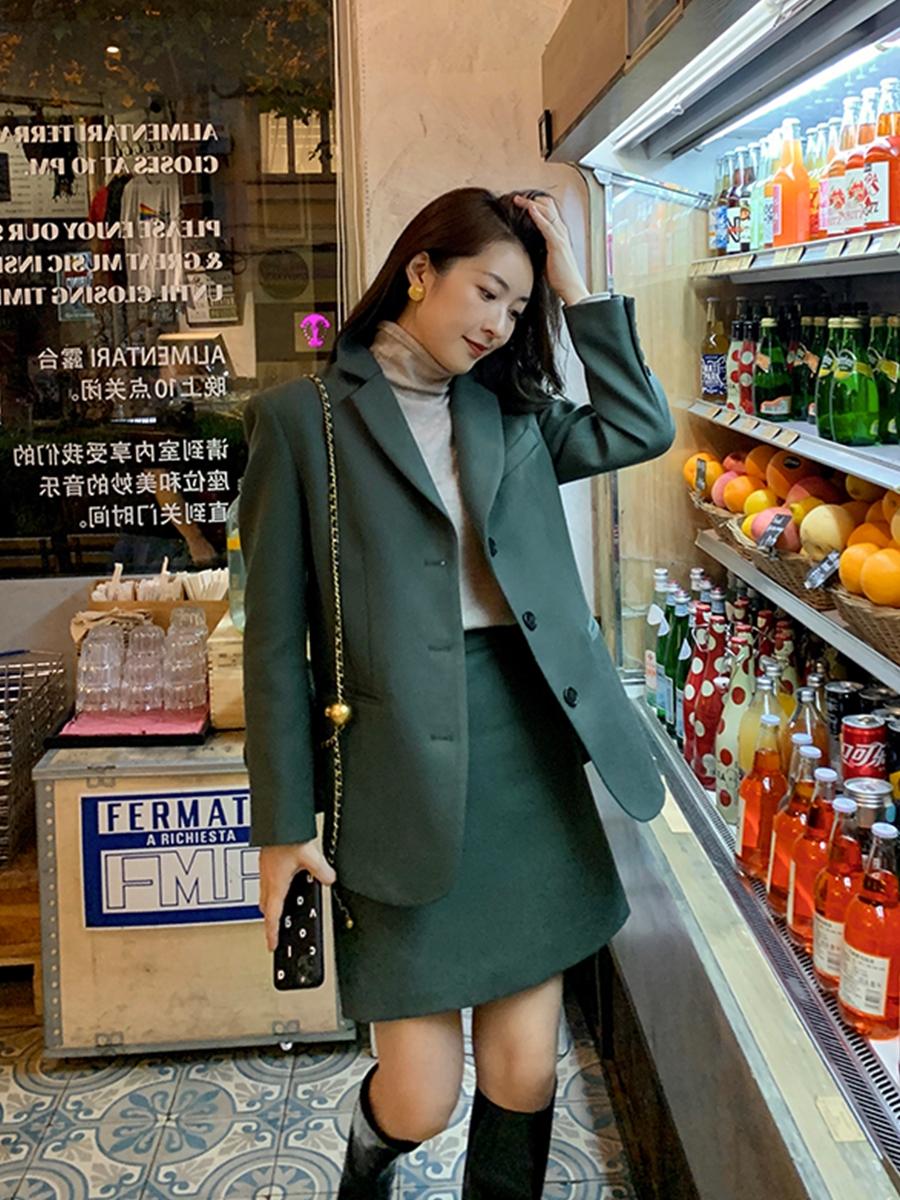 Bổ túc ngay 11  cách mặc blazer đẹp như hội blogger châu Á để nàng công sở luôn sang xịn khi tới sở làm - Ảnh 10.