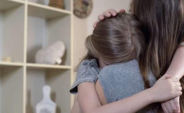 Một người mẹ hay cáu kỉnh có thể ảnh hưởng tới sự phát triển chiều cao và khả năng học tập của trẻ - Ảnh 2.