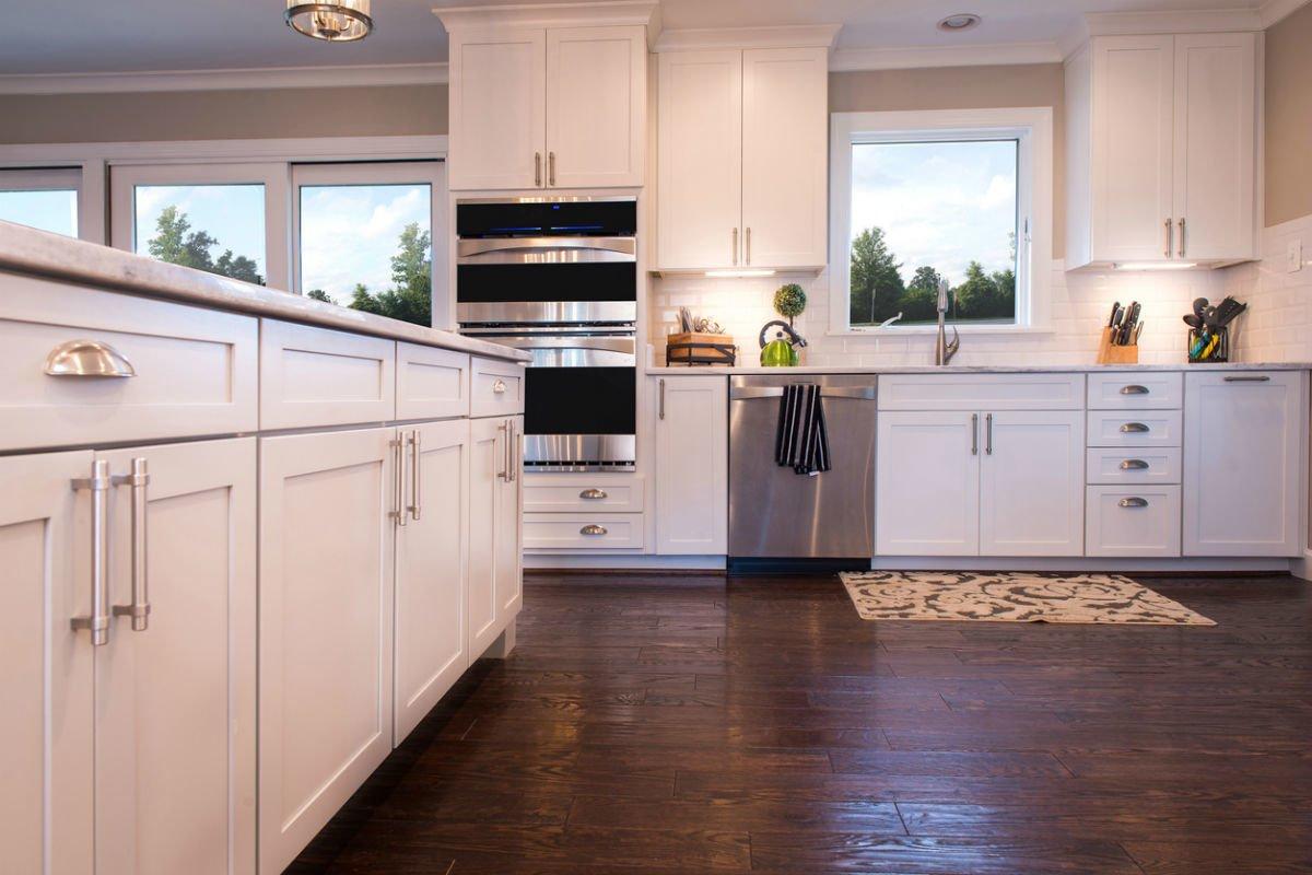 Bạn có thường xuyên lau sàn nhà bếp của mình không? - Ảnh 2.