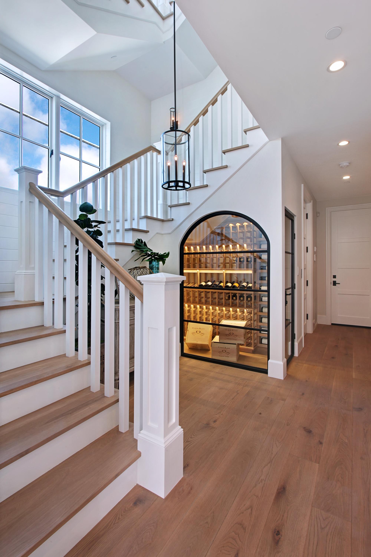 Nếu nhà bạn có gầm cầu thang thì không nên bỏ qua 7 gợi ý hữu ích này - Ảnh 7.