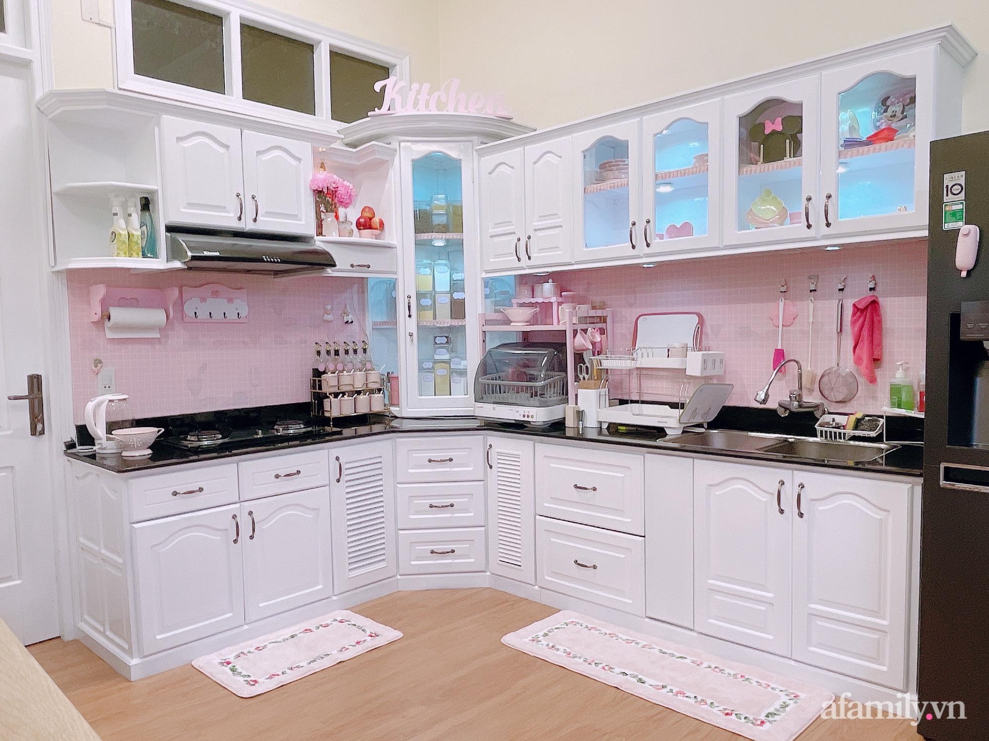 Mẹ trẻ Đà Lạt tự cải tạo căn bếp chật hẹp thành không gian tiện nghi với chi phí rẻ không ngờ - Ảnh 4.