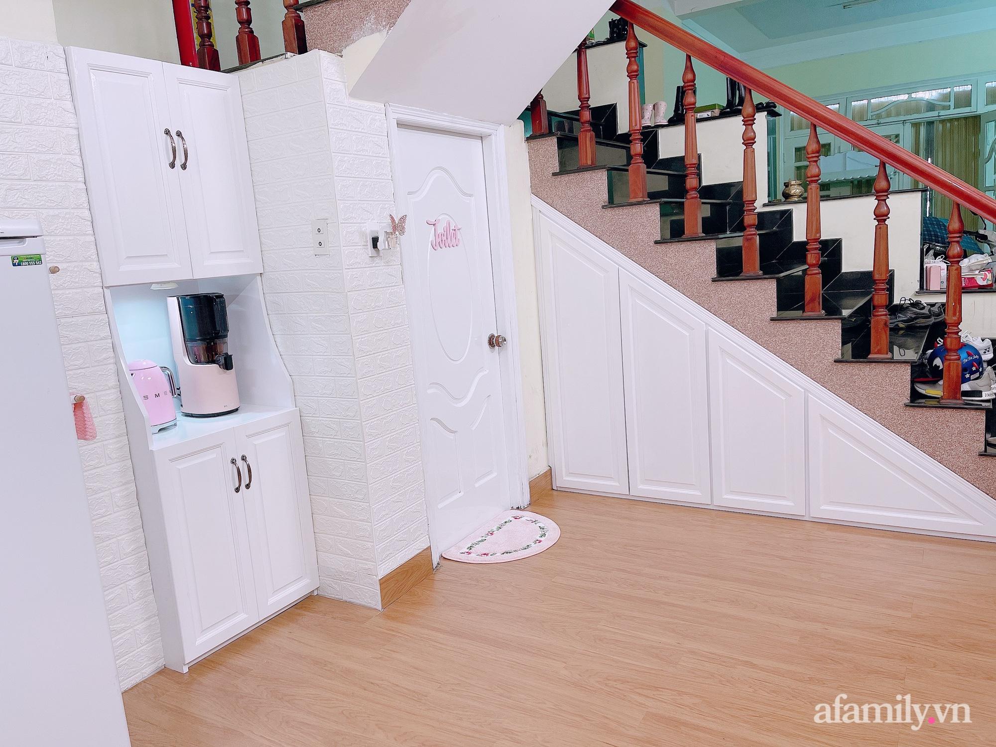 Mẹ trẻ Đà Lạt tự cải tạo căn bếp chật hẹp thành không gian tiện nghi với chi phí rẻ không ngờ - Ảnh 3.