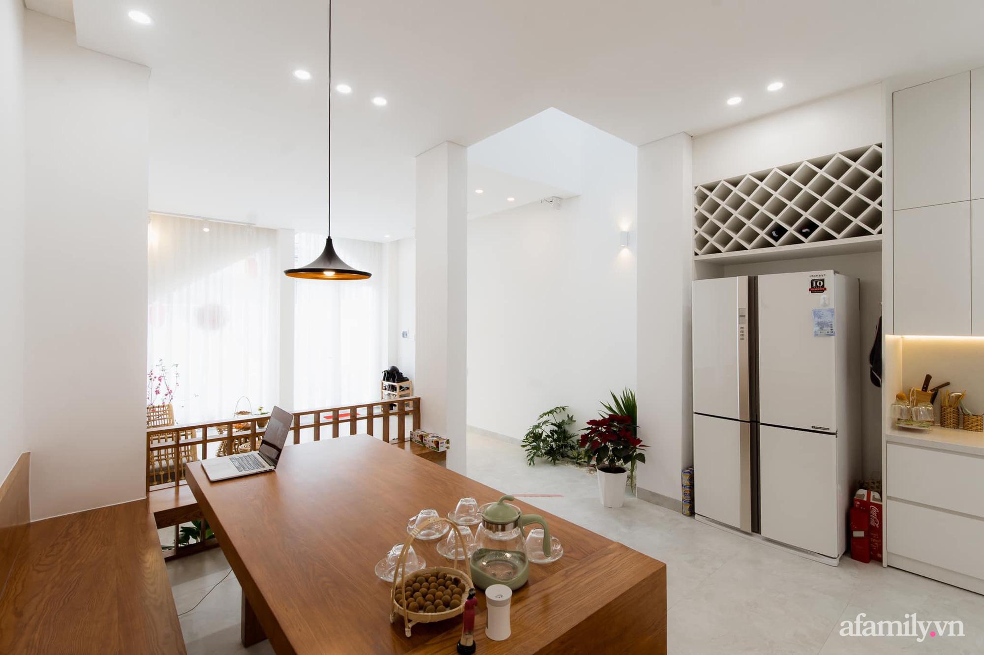 Căn nhà phố màu trắng gọn xinh ấm cúng của cặp vợ chồng trẻ Đà Nẵng có chi phí hoàn thiện 1,4 tỷ đồng - Ảnh 10.