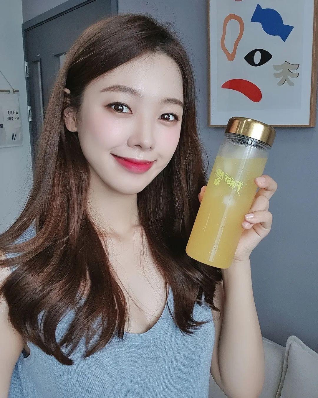 5 nước uống chống lão hóa bình dân mà hiệu quả thần kỳ, chị em ngoài 30 chăm uống mỗi ngày để da đẹp căng - Ảnh 1.