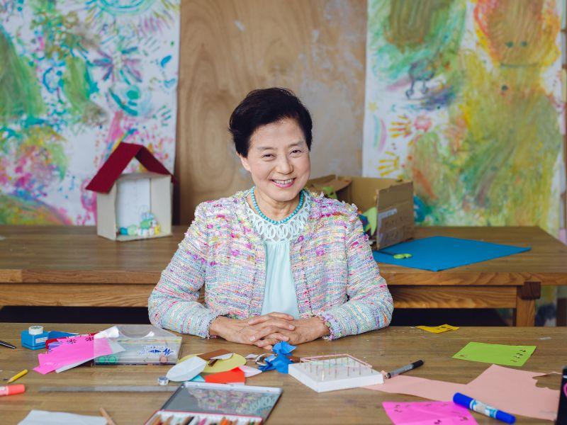 Chỉ học hết phổ thông và sớm ly hôn, người phụ nữ trở thành tỷ phú USD tự thân đầu tiên của Nhật với 5 bí quyết đáng ngưỡng mộ - Ảnh 4.