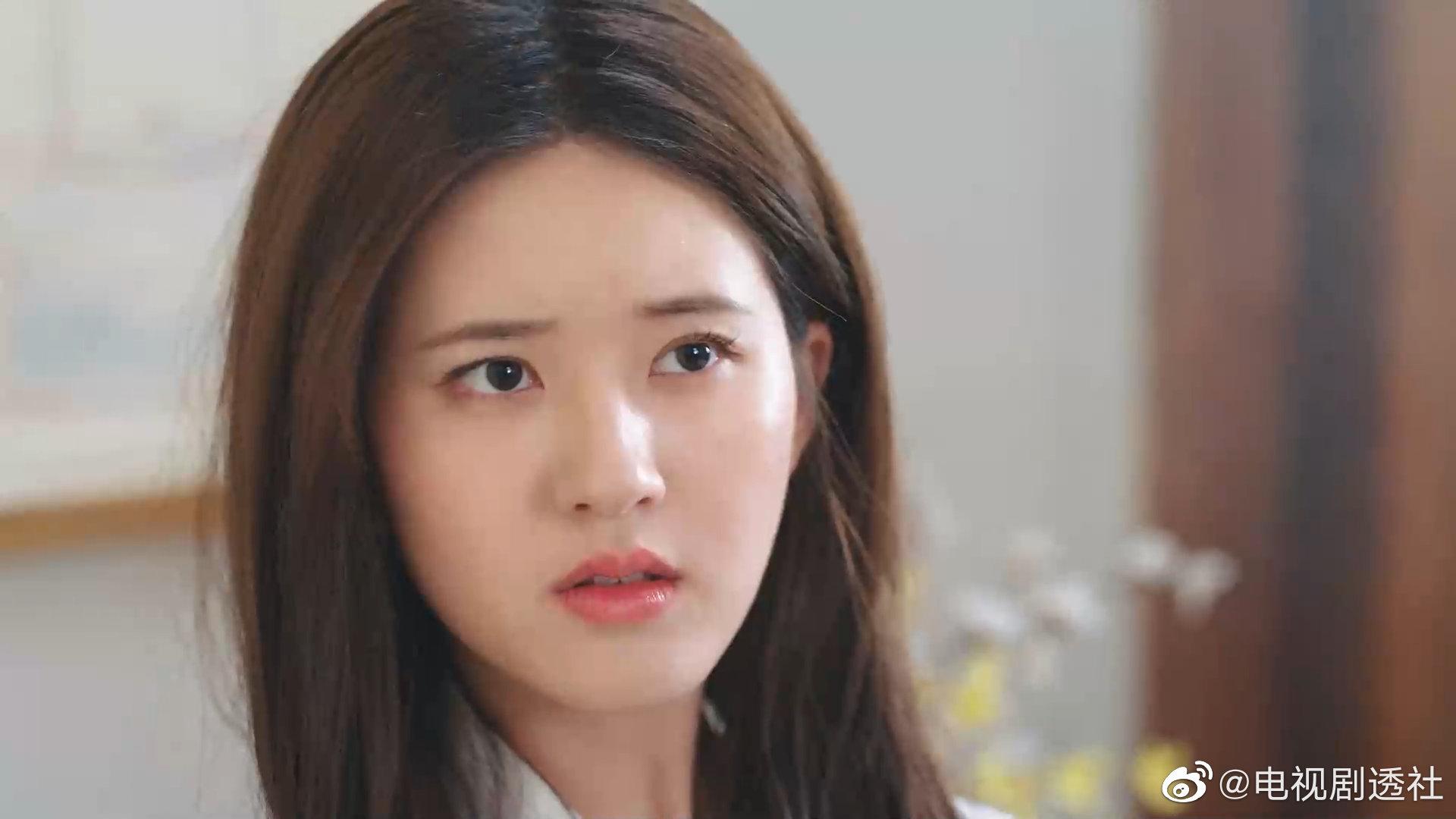 """Triệu Lộ Tư phim mới """"Mỹ nhân trà xanh"""" Triệu Lộ Tư lại thành trò cười cho netizen vì mái tóc nhuộm """"lệch pha"""" khi đóng phim cổ trang - Ảnh 2."""
