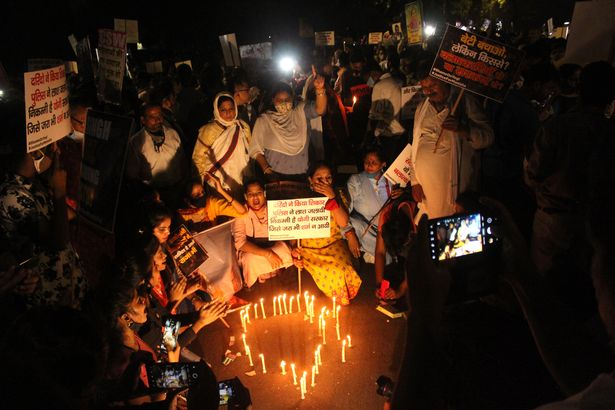 0protests-after-death-of-hathras-rape-victim-in-new-delhi-16324830819921190481821.jpg