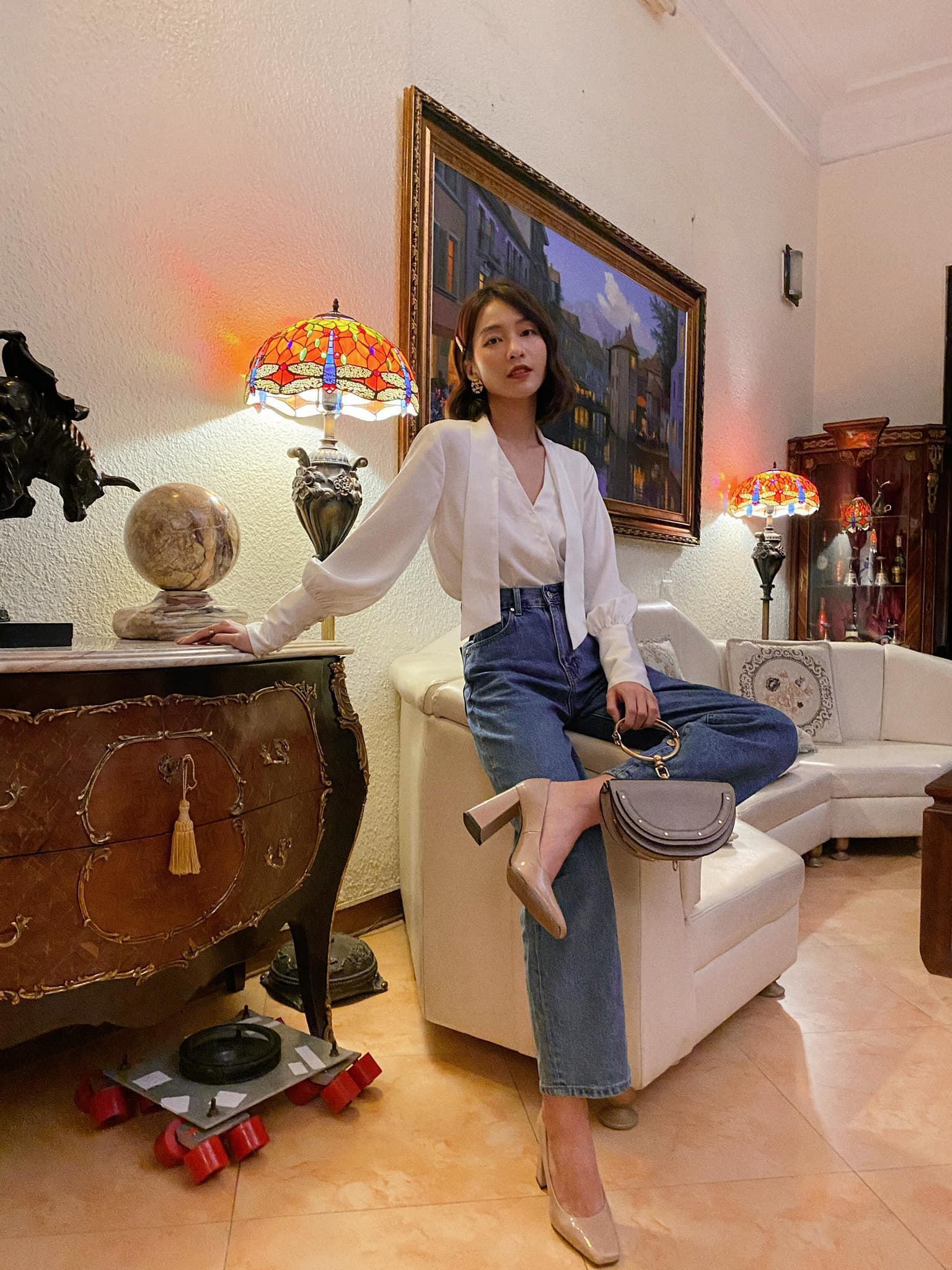 Khả Ngân style trong phim Khả Ngân style trong phim có loạt cách diện áo trắng vừa đẹp vừa sang để nàng công sở copy theo - Ảnh 1.