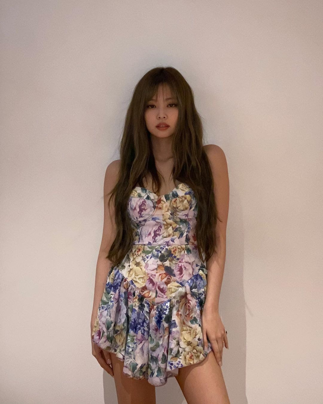 """Thiều Bảo Trâm Jennie Váy Jennie mặc từng bị chê xấu thảm họa nay Thiều Bảo Trâm cosplay lại nhưng """"lệch sóng"""" toàn tập - Ảnh 5."""