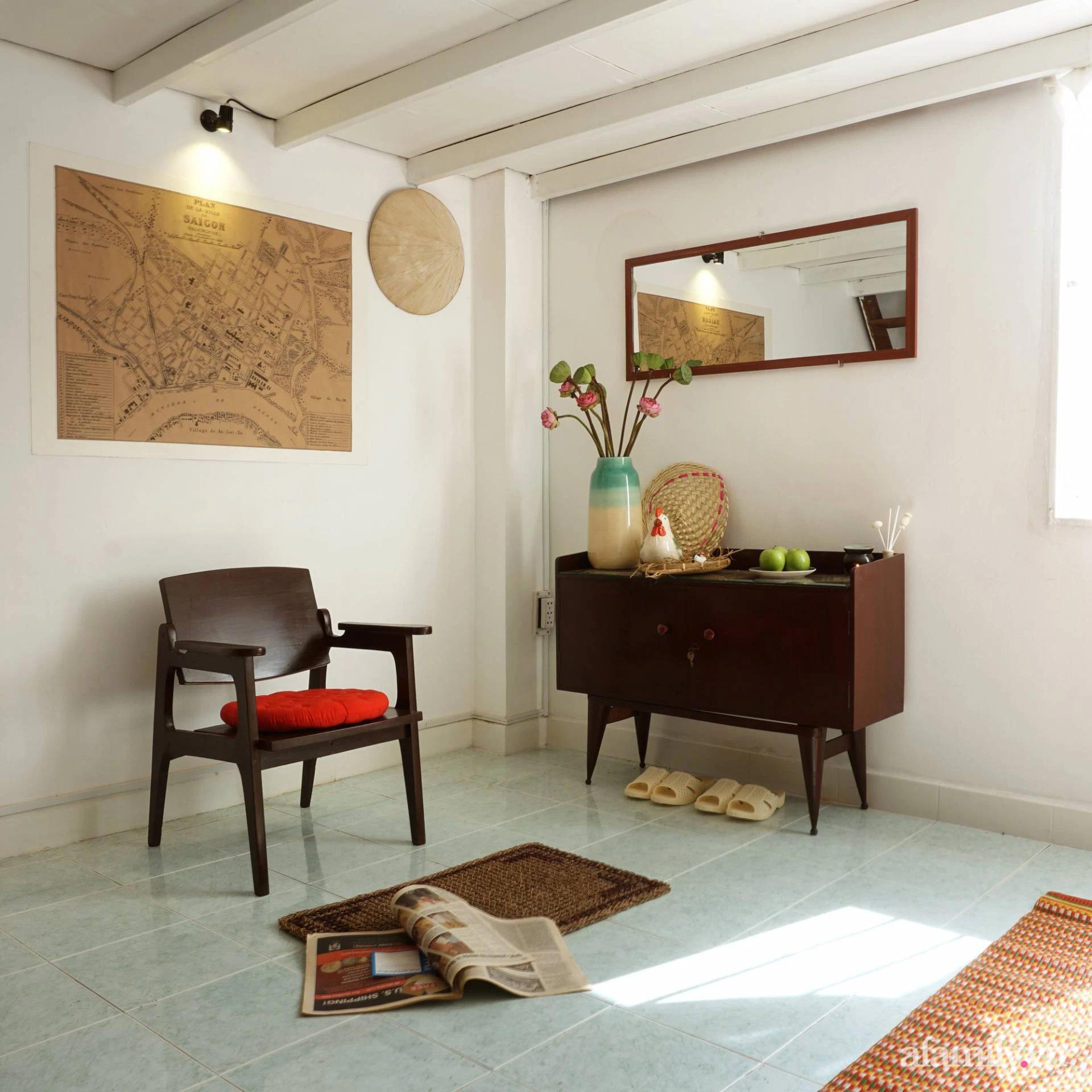 Cải tạo nhà tập thể đẹp hoài cổ lấy cảm hứng từ phong cách Đông Dương có chi phí 120 triệu đồng ở Sài Gòn - Ảnh 3.