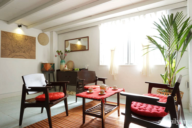Cải tạo nhà tập thể đẹp hoài cổ lấy cảm hứng từ phong cách Đông Dương có chi phí 120 triệu đồng ở Sài Gòn - Ảnh 4.