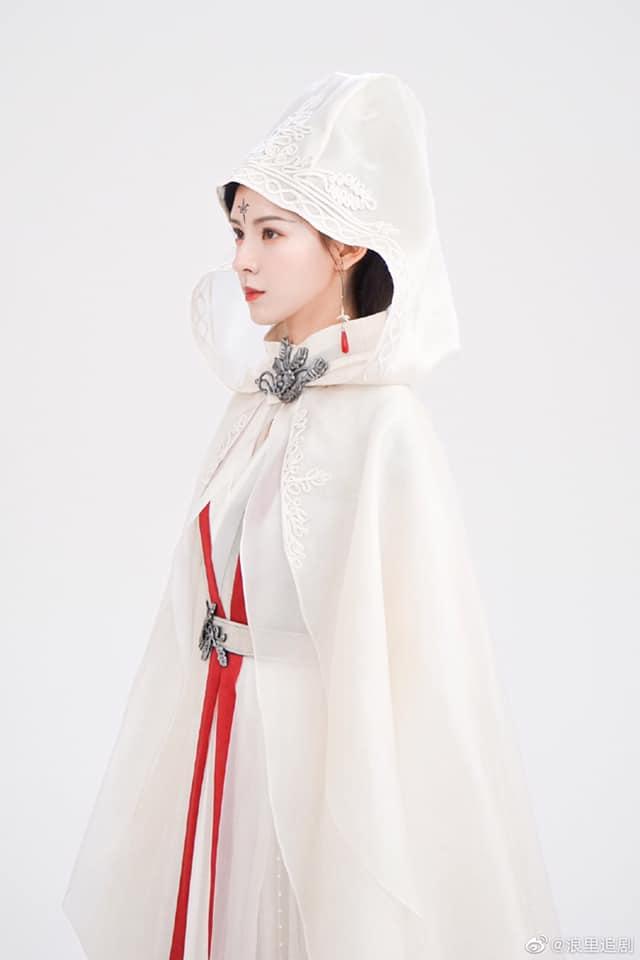 """""""Búp bê"""" Trương Dư Hi lộ tạo hình cổ trang cực đẹp, nhìn bí ẩn khác xa lúc đóng Lưu ly mỹ nhân sát - Ảnh 3."""