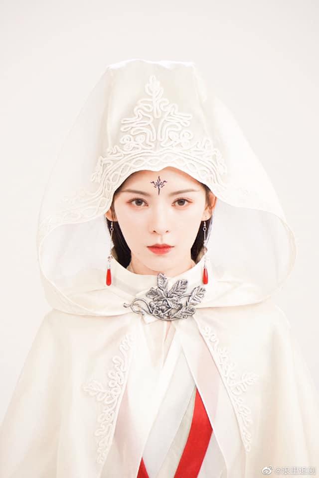"""""""Búp bê"""" Trương Dư Hi lộ tạo hình cổ trang cực đẹp, nhìn bí ẩn khác xa lúc đóng Lưu ly mỹ nhân sát - Ảnh 6."""