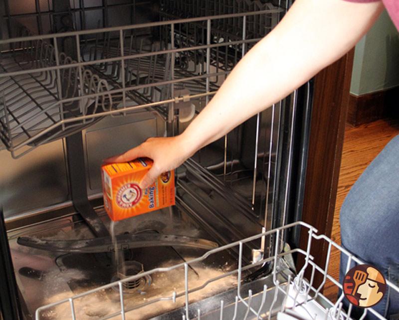 Cách làm sạch máy rửa bát chỉ với 3 bước dễ dàng - Ảnh 5.
