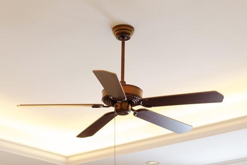 8 sai lầm khi tiết kiệm năng lượng thậm chí còn khiến bạn tốn nhiều tiền điện hơn  - Ảnh 1.