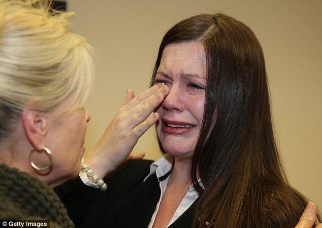 Người vợ xinh đẹp nghe lời chồng đi phẫu thuật thẩm mỹ căng da mặt nào ngờ nhận về bi kịch thảm thương với âm mưu thâm độc - Ảnh 4.