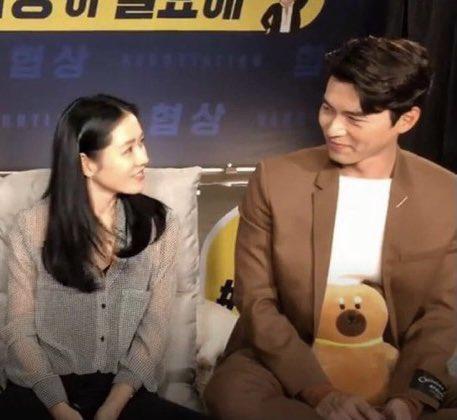 """Hyun Bin lại bị khui loạt bằng chứng nói lời bất nhất: Lên báo thì tuyên bố thích sống độc thân nhưng hint hẹn hò thì """"dày cộm"""" - Ảnh 6."""