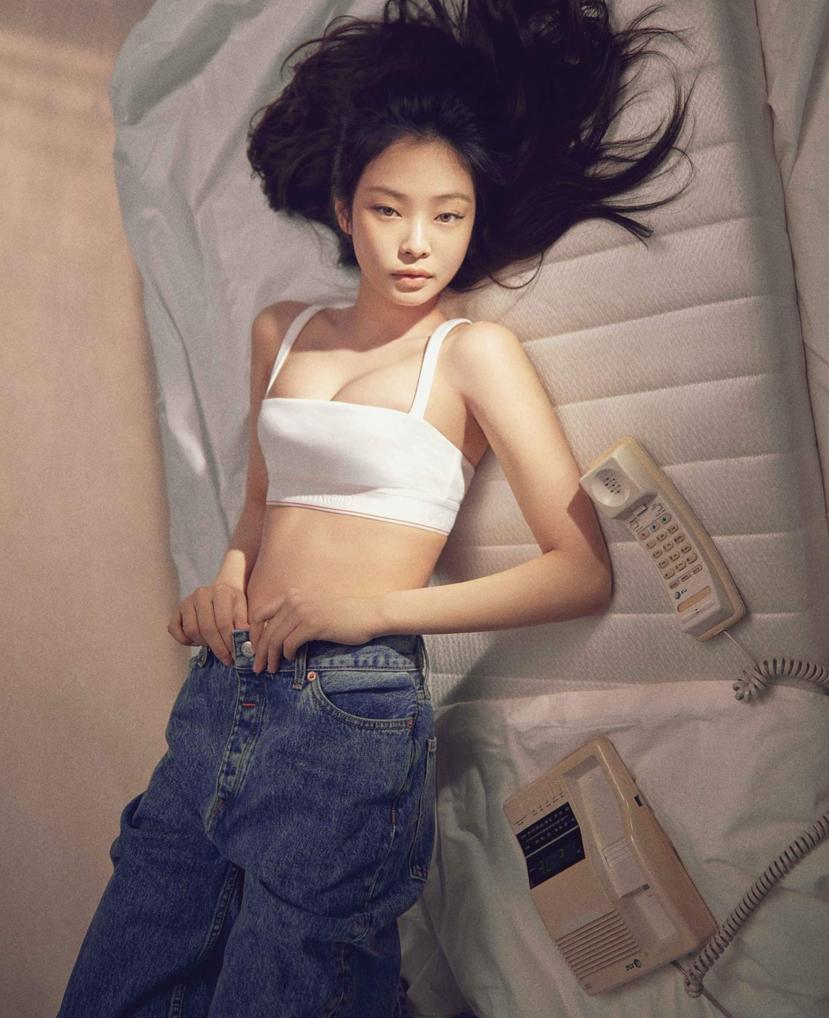 Jennie diện nội y - Ảnh 7.