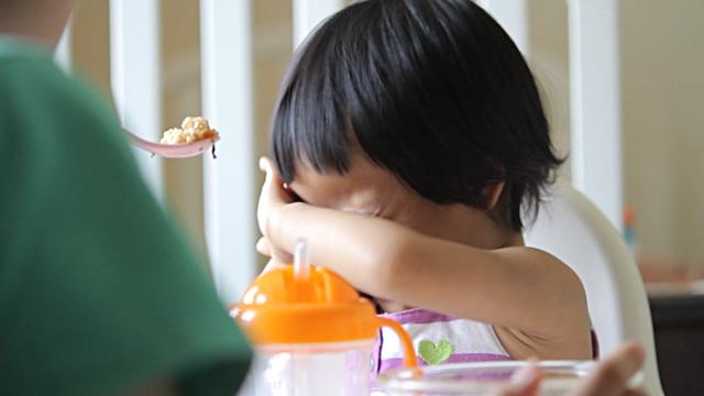 Phá vỡ sự chú ý - Kĩ thuật mẹ có con biếng ăn phải đọc vì cực hiệu quả - Ảnh 3.